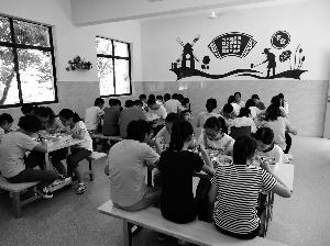 溧阳改造36所非建制镇学校食堂 让农村娃在学校能快乐就餐