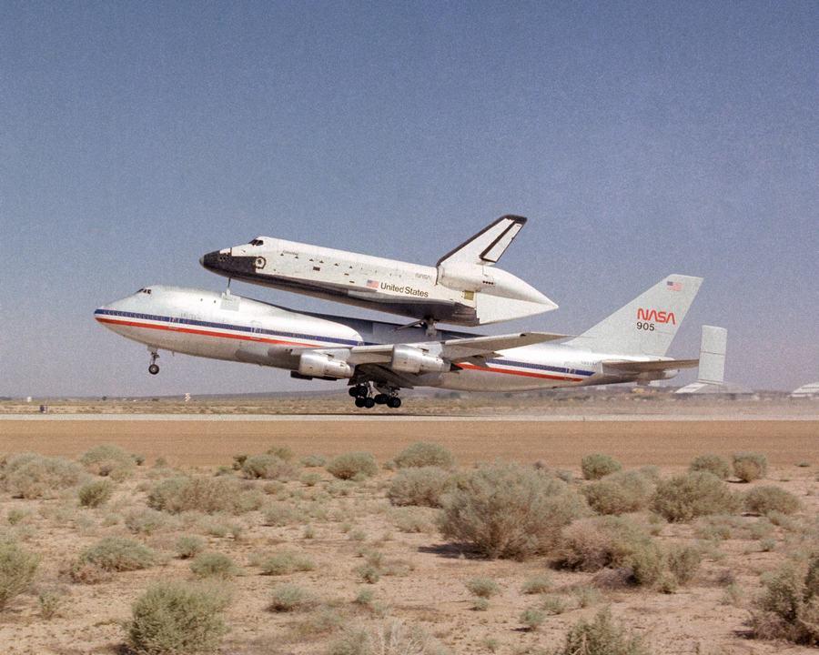 在美国航天飞机服役的时代