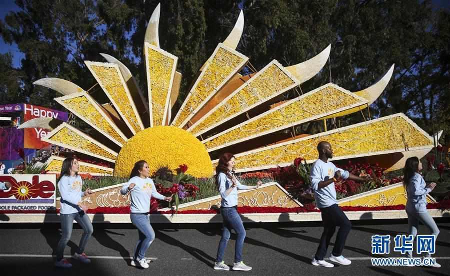 (国际)(4)洛杉矶举行2020新年玫瑰花车游行