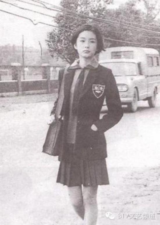 林青霞73年的旧照